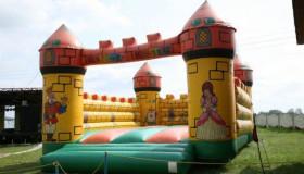 skakaci-hrad-05.jpg